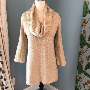 Cream and Gold Acrylic Sweater / Tunic
